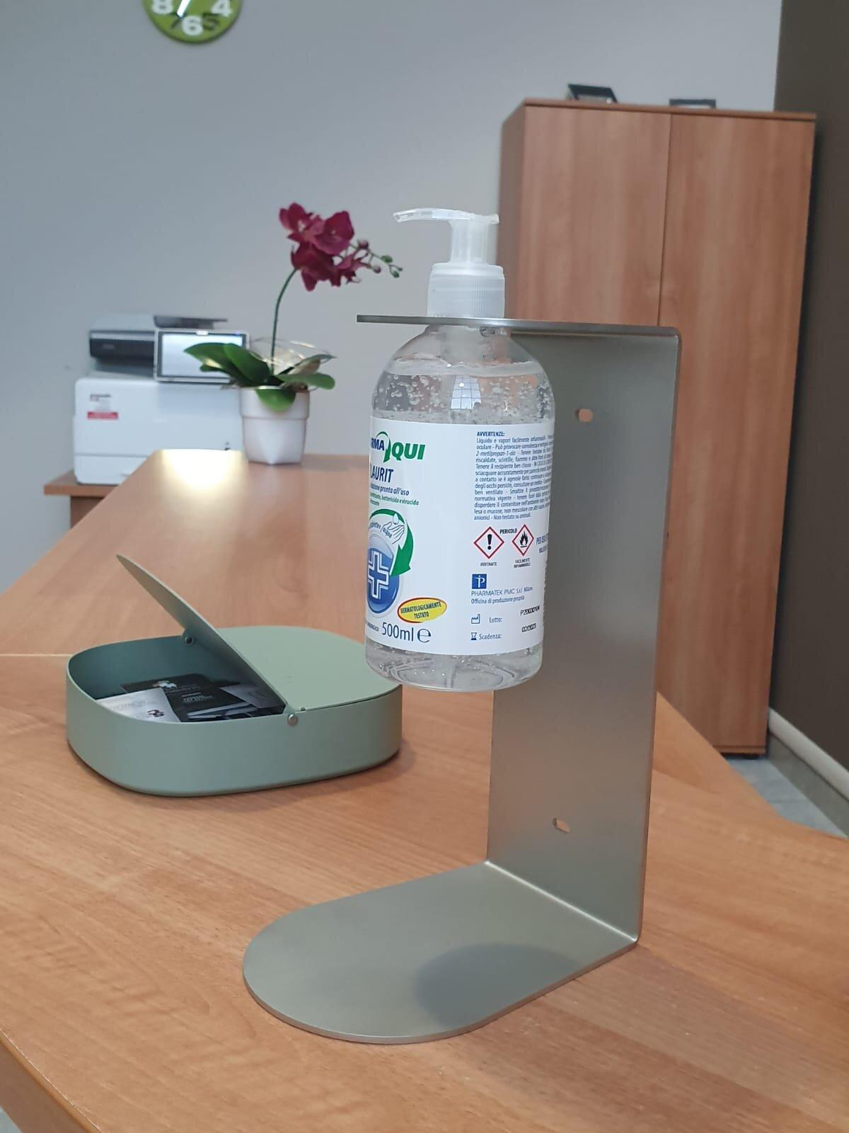 supporto igienizzante da tavolo